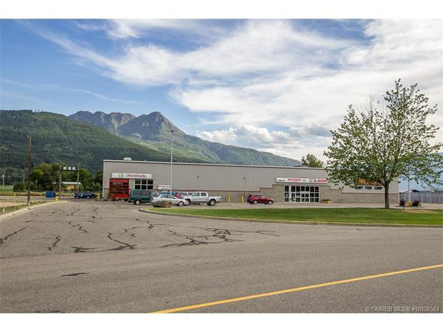 2090 10 Avenue SW, Salmon Arm, British Columbia, V1E1T4