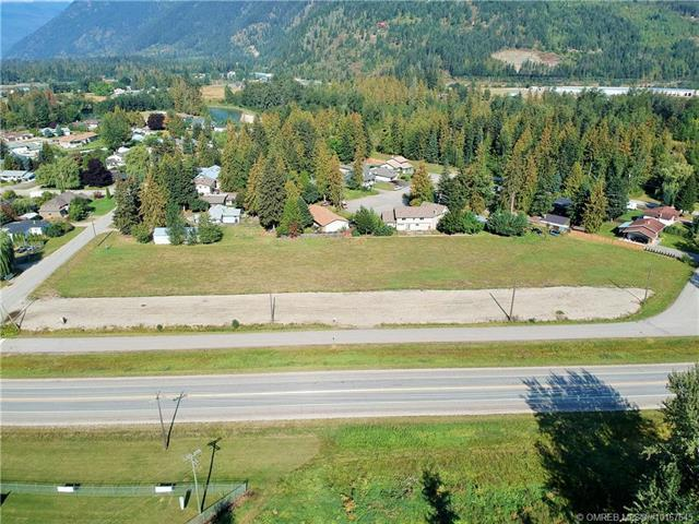 1002 Seed Frontage Road, Sicamous, British Columbia, V0E2V1